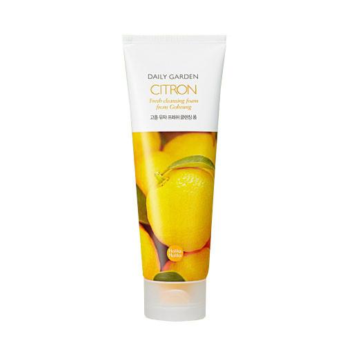 Пенка для умывания с экстрактом цитрусов Holika Holika daily garden citron cleansing foam - 120 мл