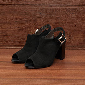 80282| Женские босоножки на каблуке. Черные из замши