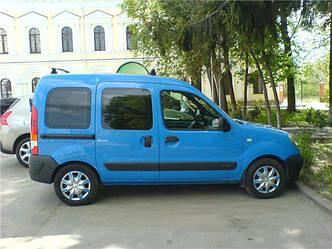Передний салон, правое окно на автомобиль Renault Kangoo 96-08