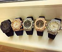 Женские модные наручные часы (расцветки)