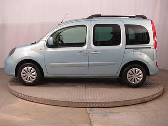 Передний салон, левое окно на автомобиль Renault Kangoo 08-