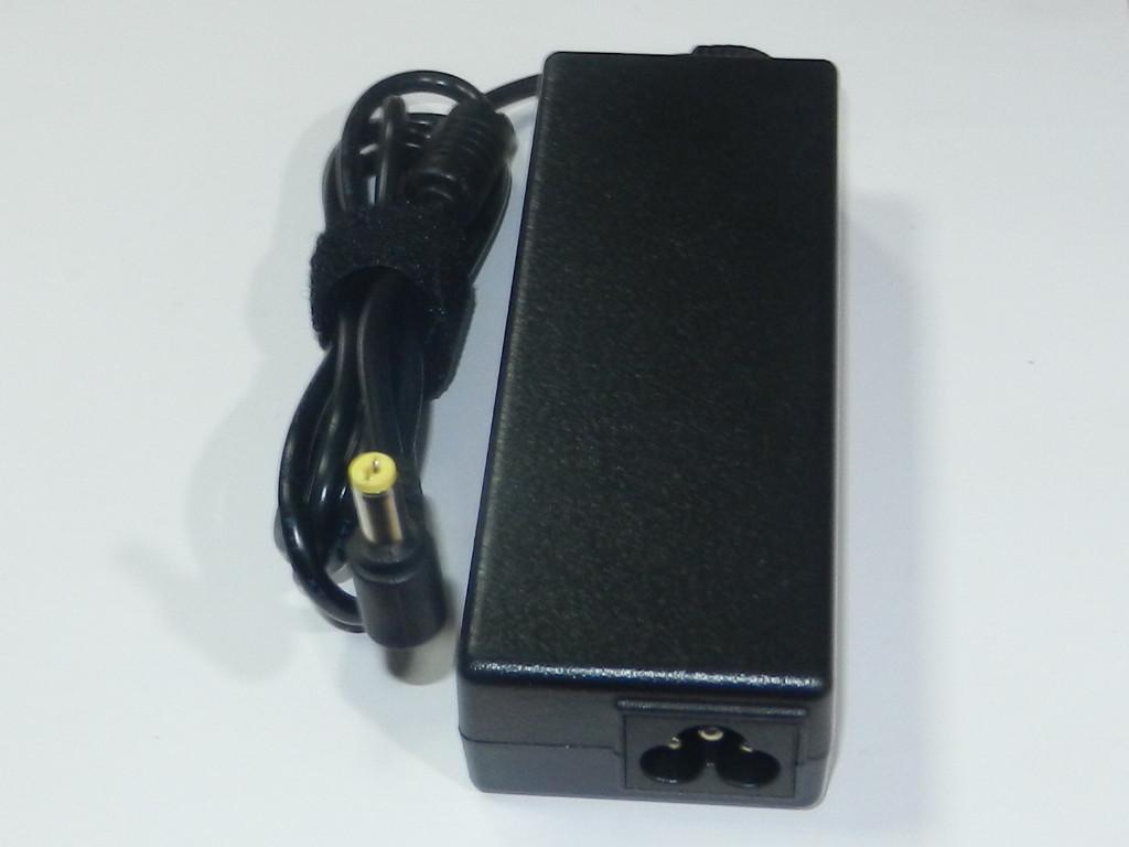 Зарядное у-во для ноутбука  Acer 19V 4,74A (5,5x1,7)  +кабель 220 B