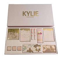 Подарочный набор косметики Kylie Jenner бежевый