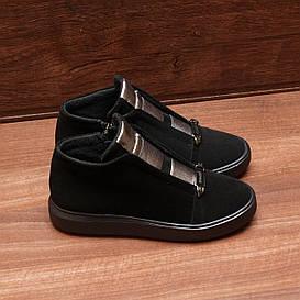 80042| Женские ботинки демисезонные на низкой платформе. Черные из натуральной замши с резинками