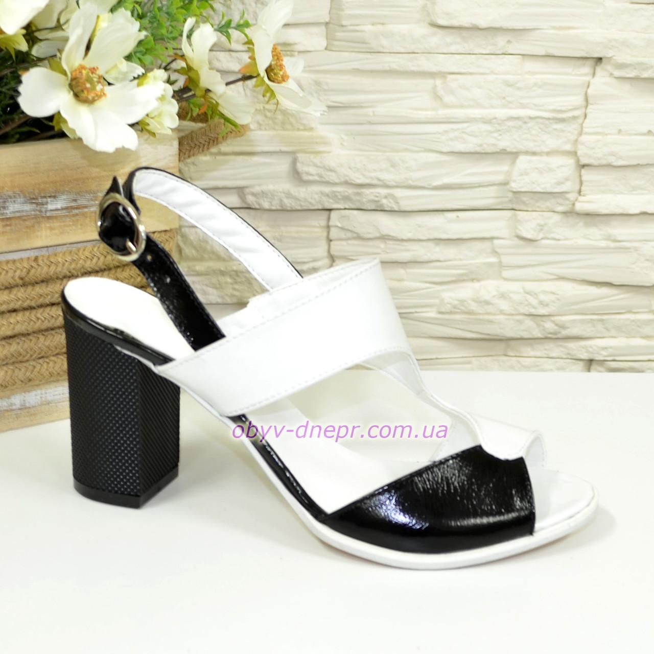 Женские босоножки на высоком каблуке, натуральная лаковая кожа белого и черного цвета