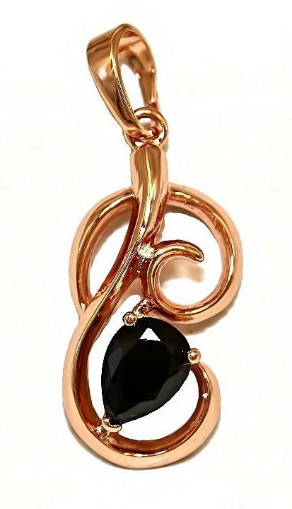 Кулон фирмы ХР. Цвет: позолота с кр.от. Камни: чёрный циркон. Высота кулона: 2,8 см. Ширина: 11 мм.