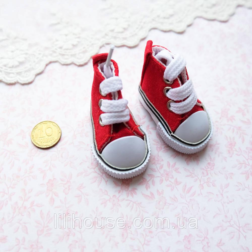Обувь для кукол, кеды на шнуровке красные - 5*2.5 см