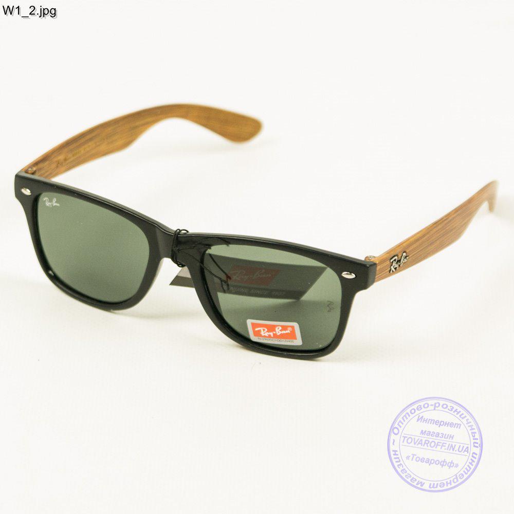 Солнцезащитные очки Ray-Ban Wayfarer унисекс со стеклянной линзой - W1