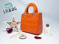 Женская Оранжевая лаковая сумка Christian Dior копия высокого качества