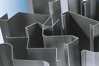 Гнуття металу і лазерна різка ЧПУ