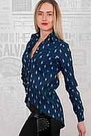 Легкая женская рубашка из стрейч коттона на пуговицах синего цвета. Арт-6020/93