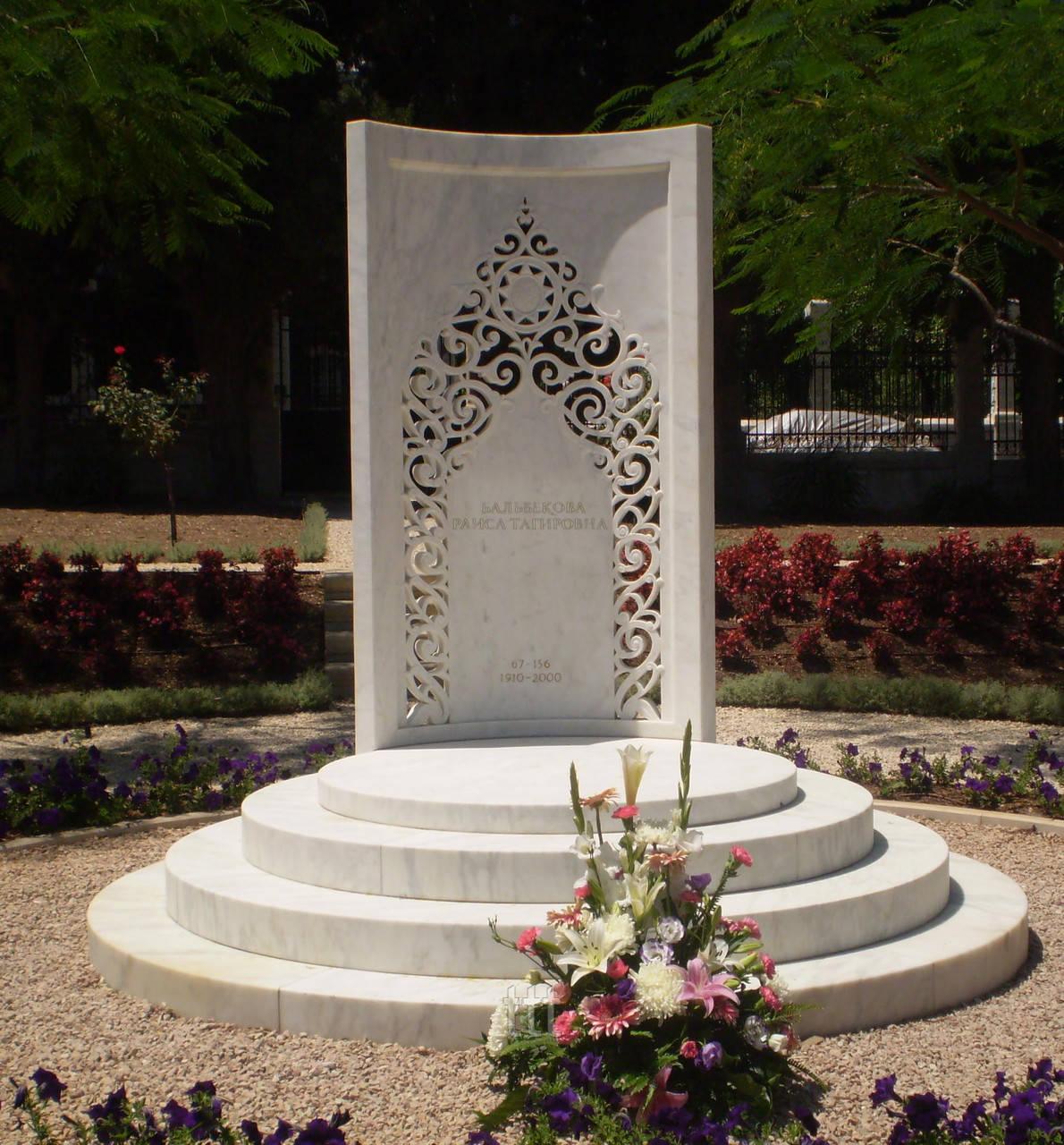 Эксклюзивный памятник в  Татарском стиле №10