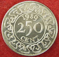 Монета Суринама. 250 центов. 1989 г.