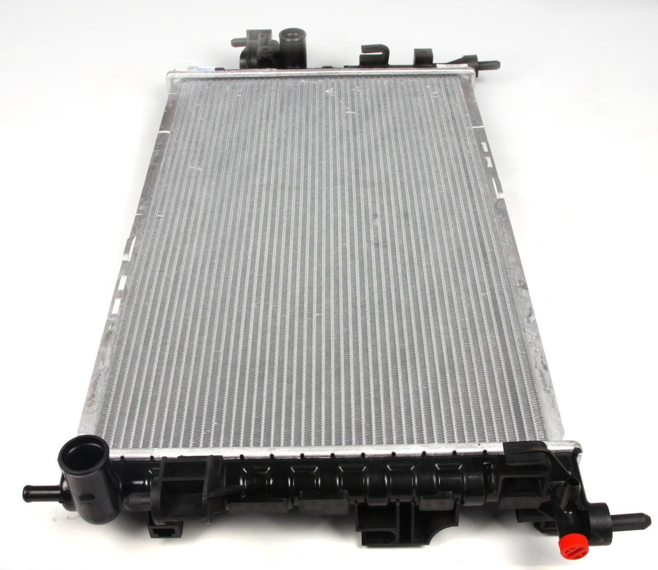 Радиатор Комбо / Opel Combo 1.3/1.7CDTi с 2004- (+/- AC) (охлаждения)