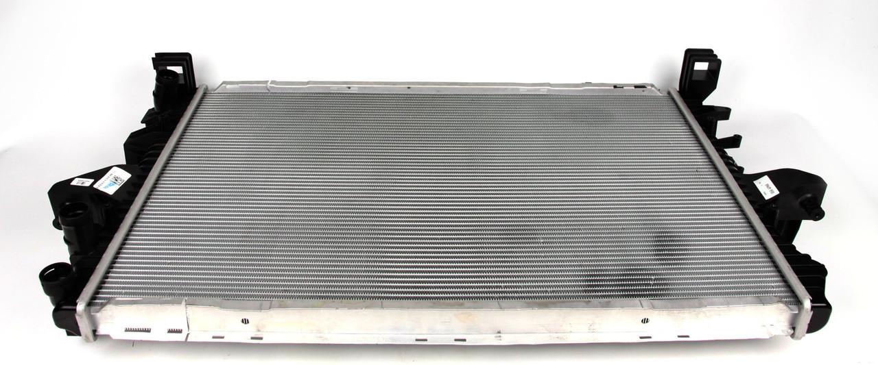 Радиатор охлаждения VW T5 1.9TDI. Нидерланды