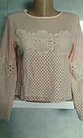 Нарядная женская молодежная блузка с гипюром