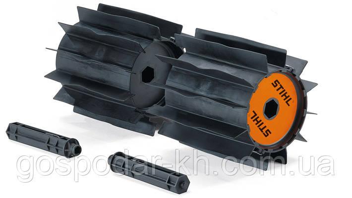 STIHL Насадка KW - подметальный валик с защитой, робочая ширина 60 см (США)