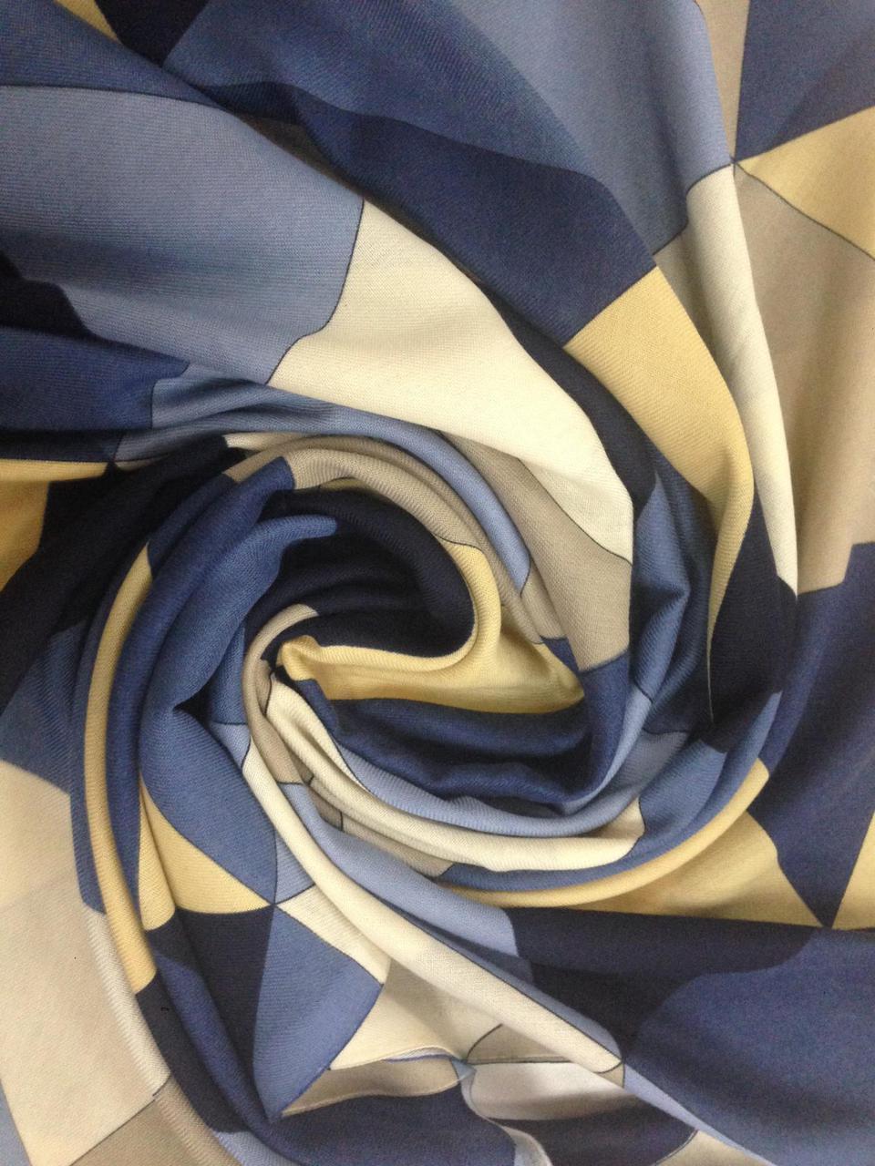 Кашемировый палантин с бахромой в желто синих тонах