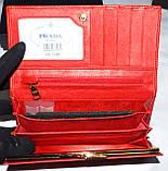 Женский черный кошелек Prada из натуральной кожи на кнопке, фото 3