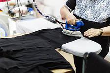 Украинский производитель одежды, ищет агента представителя в Европе.