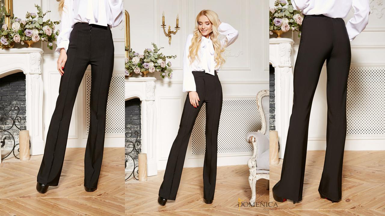 Модные и стильные базовые брюки клёш