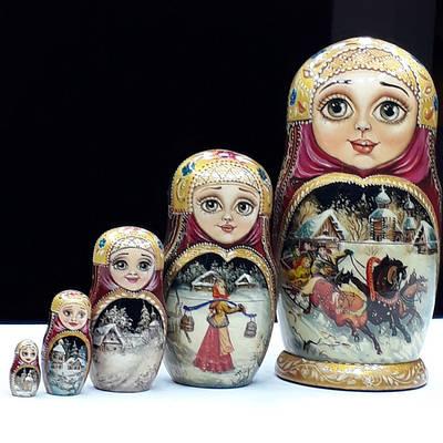 Сувениры из дерева ручной росписи