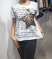 Летняя женская турецкая футболка с рисунком белая