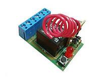 Радиоуправляемое реле SOKOL F-1/10. Работает от сети 220 В, имеет одно реле, питание нагрузки до 10 А