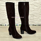 Сапоги коричневые замшевые женские на устойчивом каблуке, с широким голенищем., фото 2