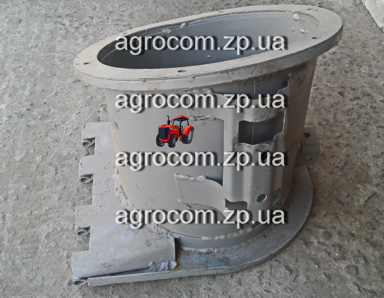 Патрубок выгрузного шнека 54-6-3-2Б СК-5 Нива