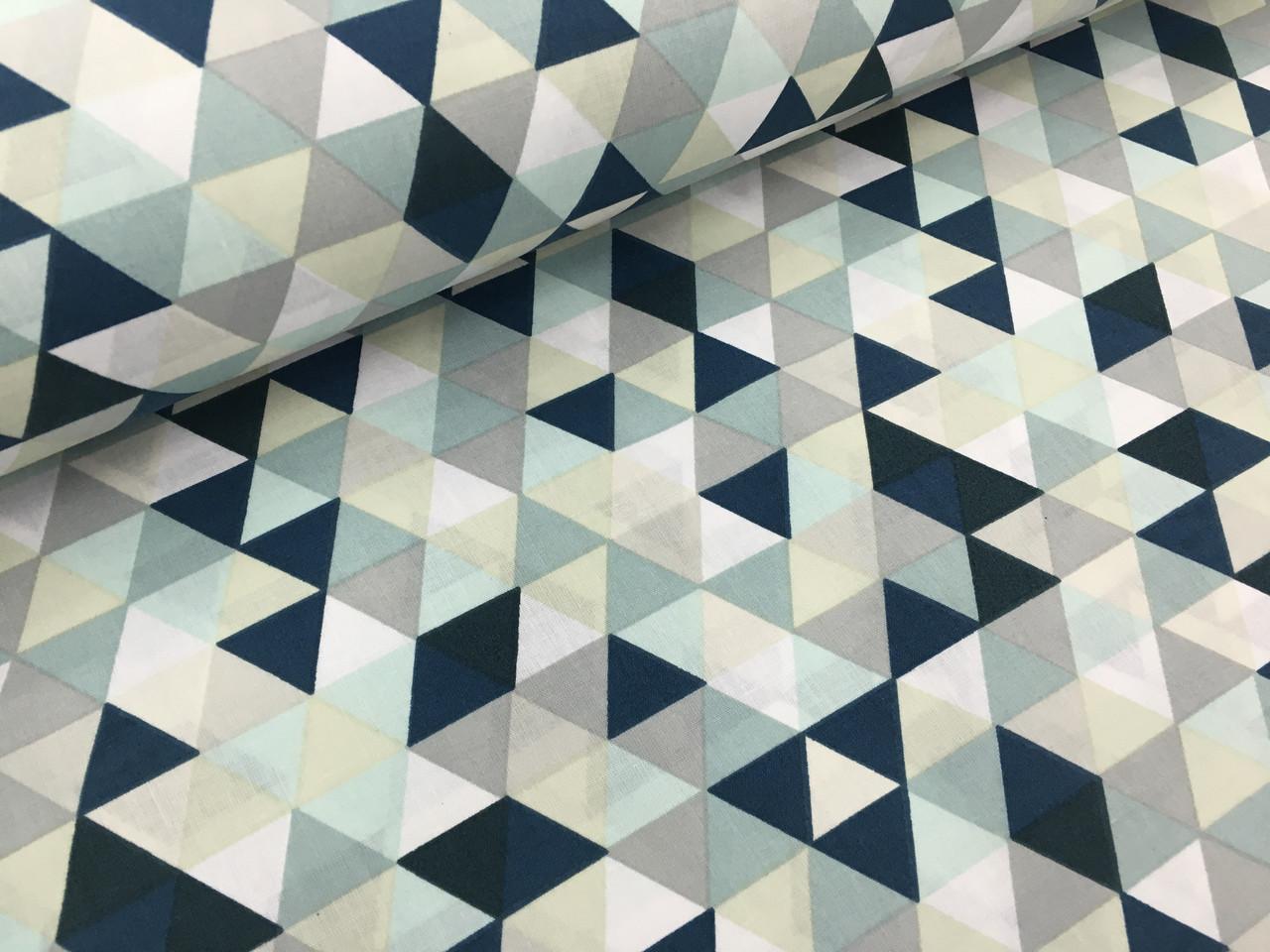 """Польская хлопковая ткань """"треугольники зелено-желтые мелкие 25мм"""""""