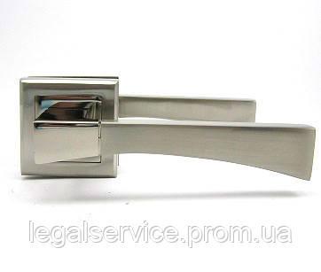 Дверна ручка на квадратній чашці USK Z-60068