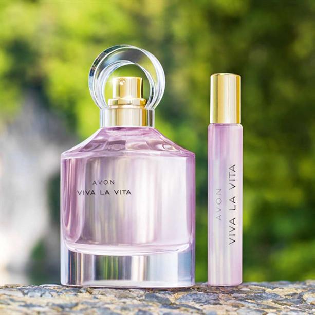 Парфюмерно-косметический набор женский Avon Viva la Vita