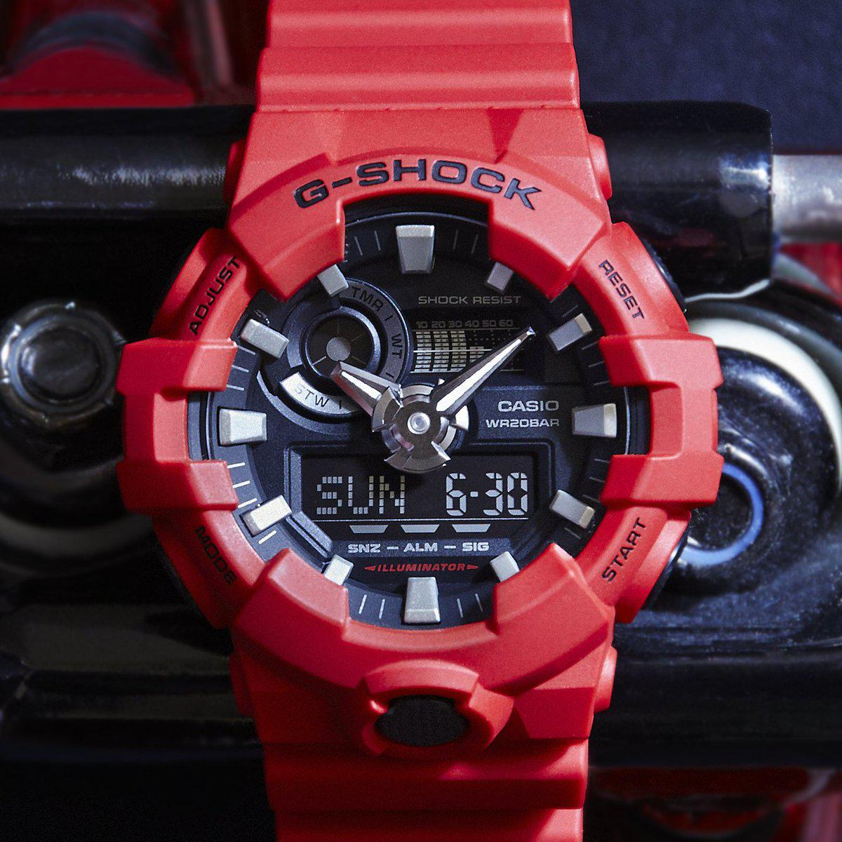Часы Casio G-Shock GA-700-4AER В.