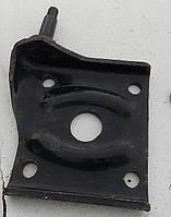 Подкладка Волга, ГАЗ-24 рессоры левая с пальцем