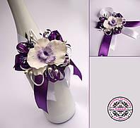 Украшение на шампанское с фиолетовой орхидеей.