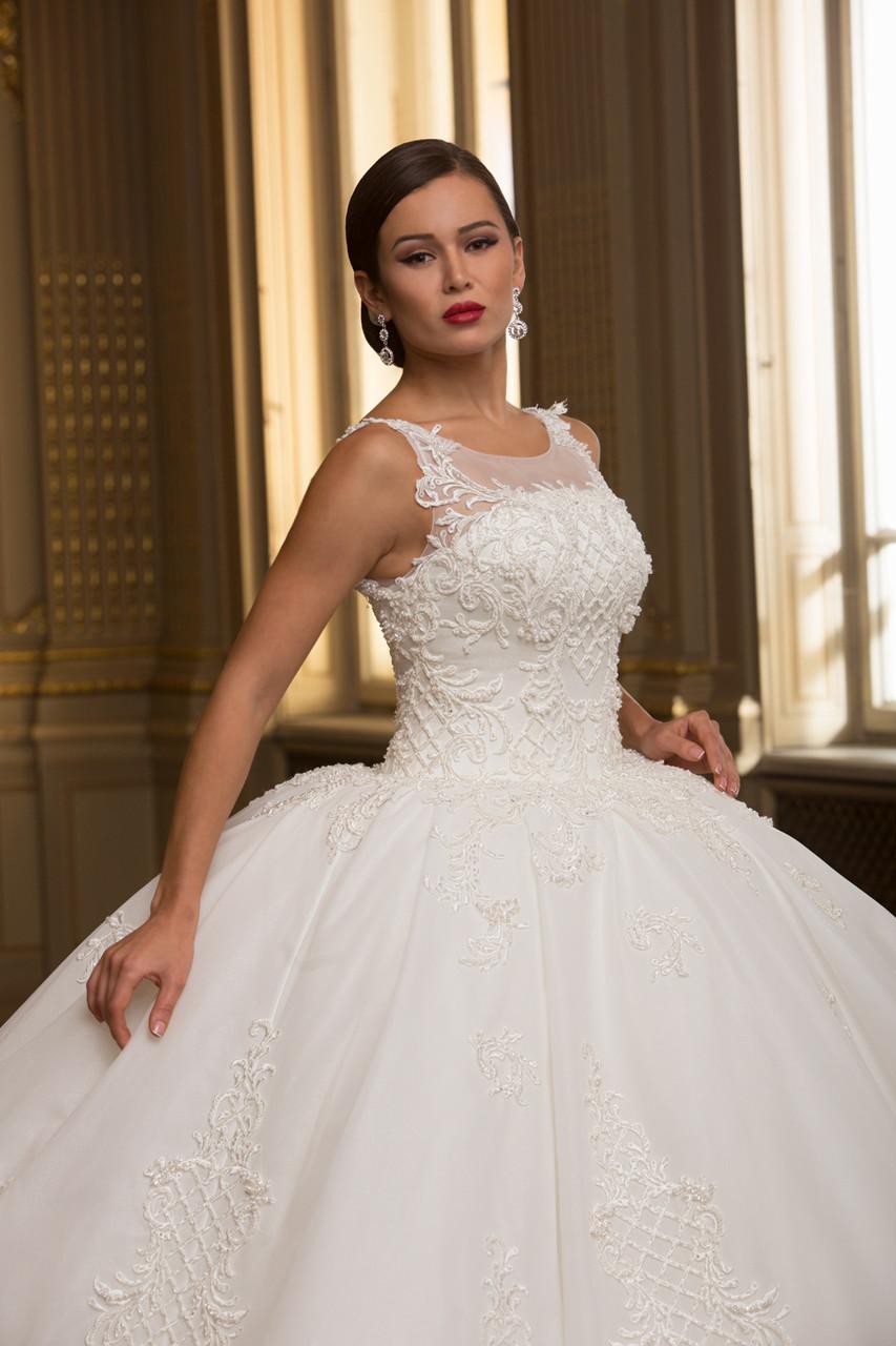 89f3f622765 Пышное Белое Бальное Свадебное Платье — в Категории