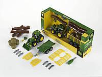 Трактор John Deere с деревянной и сенной тележкой