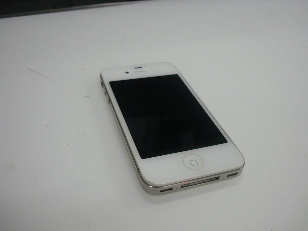 Смартфон Apple iPhone 4S 32GB White с косметическим дефектом - Test-Master в Киеве