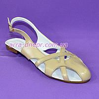 Женские босоножки без каблука, натуральная кожа бежевого цвета. 41 размер