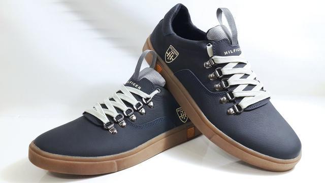 Мужские кожаные кеды TOMMY HILFIGER model M-23 - универсальная мужская обувь 8823393db5daf