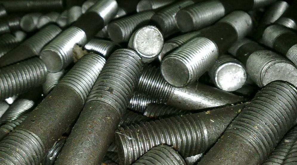 Шпилька М30 ГОСТ 9066-75 для фланцевых соединений