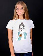 Белая футболка женская с принтом