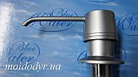 Дозатор моющего средства BLUE WATER круглый сатин, фото 1
