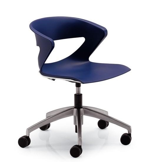 Кресло офисное Kicca Италия пластиковое зеленое