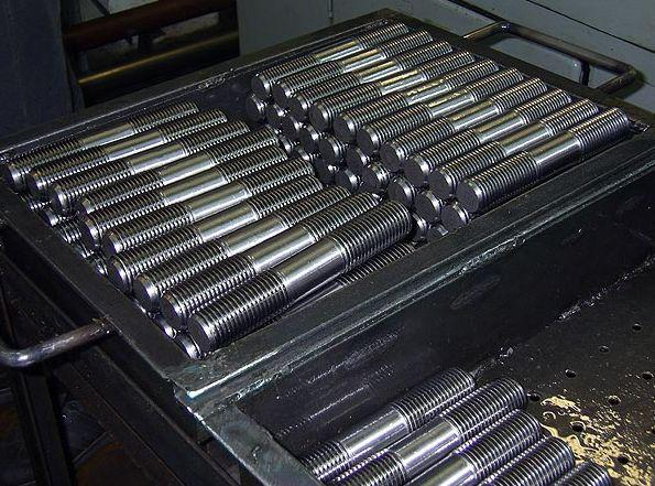 Шпилька М42 ГОСТ 9066-75 для фланцевых соединений