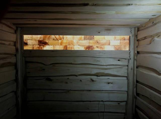 Подсветка соли гималайской в бане. Соль гималайская в плитках.