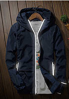 Мужская куртка ветровка с капюшоном темно-синего цвета