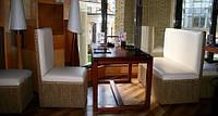 Перетяжка мягкой мебели для ресторанов