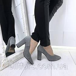 Туфли замшевые, каблук